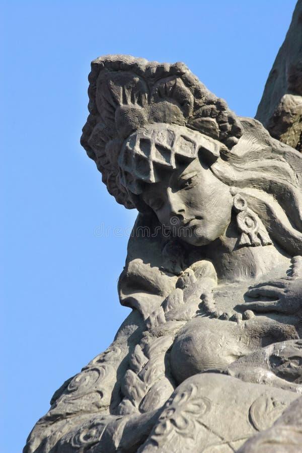 Russisches Mädchen Tsarevnalfragment einer Skulptur stockbilder