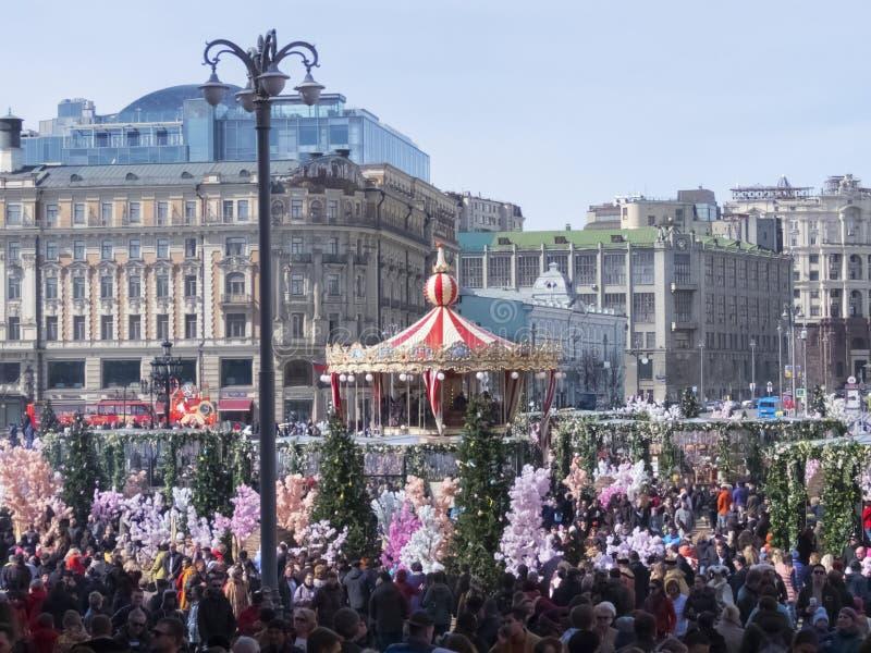 Russland, Moskau, Manezhnaya-Quadrat Das Fest von heiligem Ostern stockbilder