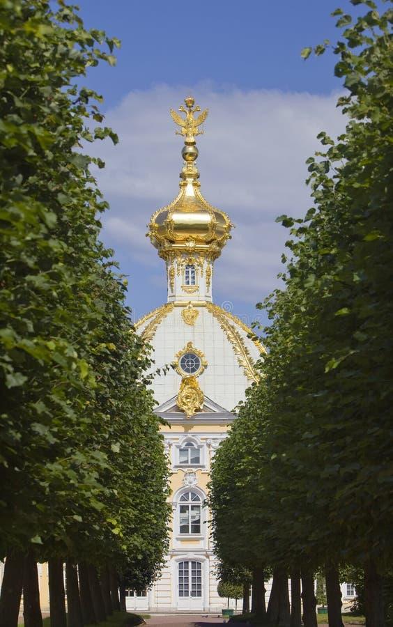 Russland, Petrodvorets- Peterhof Palast lizenzfreie stockbilder