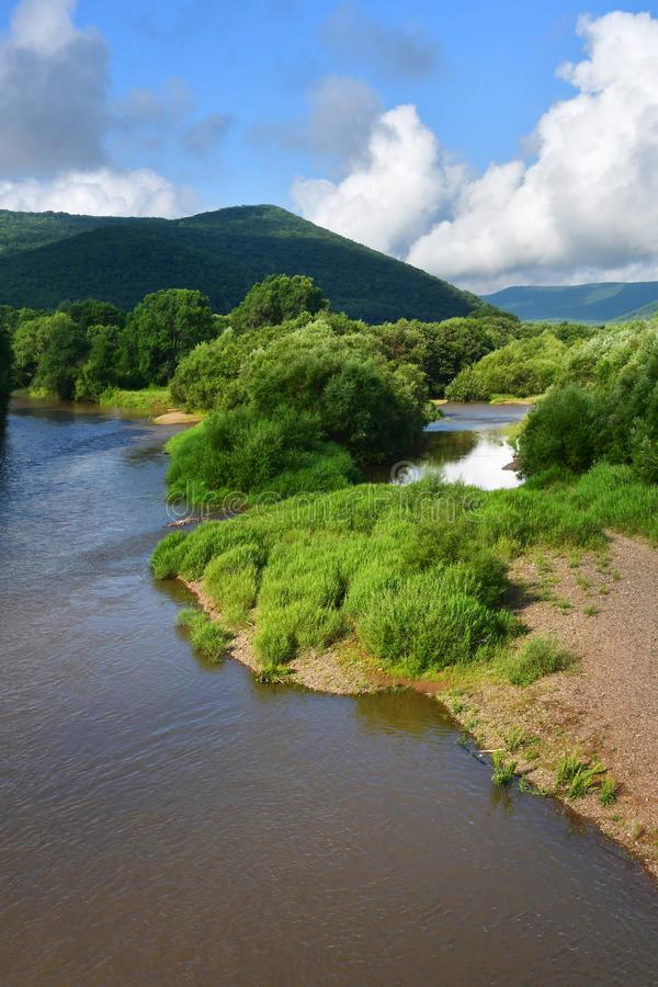 Russland, Primorsky Krai, Fluss Arsenievka Arsenyevka im August lizenzfreies stockfoto