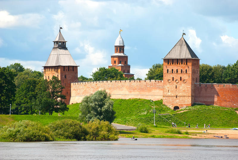 Russland Veliky Novgorod kremlin lizenzfreies stockbild
