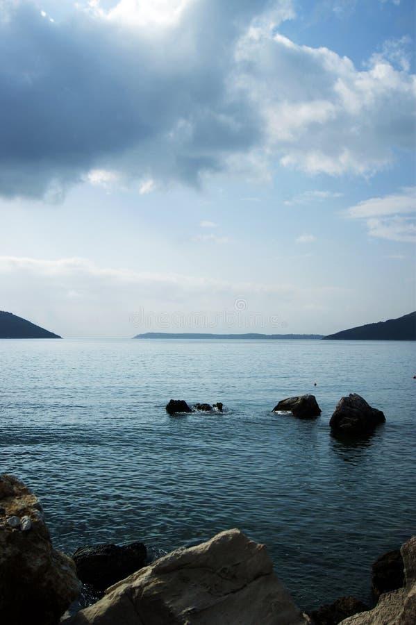 Rust in de Boka-baai, Montenegro royalty-vrije stock fotografie