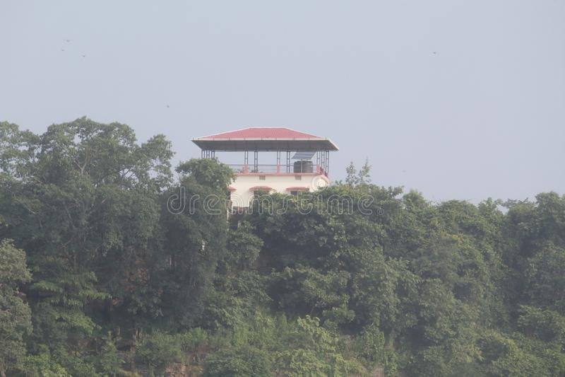 Rust Huis op Chitrakot-Watervalheuvel stock foto