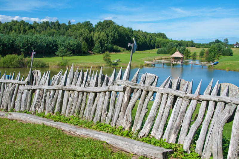 Rust plaats op de meerkust royalty-vrije stock afbeeldingen