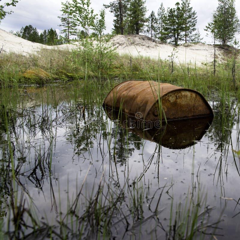 Rusted несется вода стоковая фотография rf