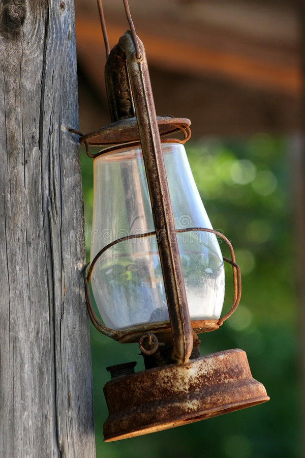 Free Rustic Latern Royalty Free Stock Photography - 2084387