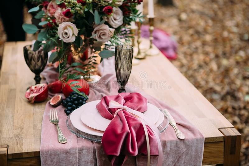 Rustic wedding decoration for festive table with beautiful flower composition. Autumn wedding. Artwork royalty free stock photos