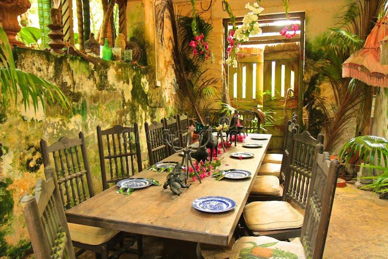 Rustiek restaurant in Caraïbische Barbados, stock foto