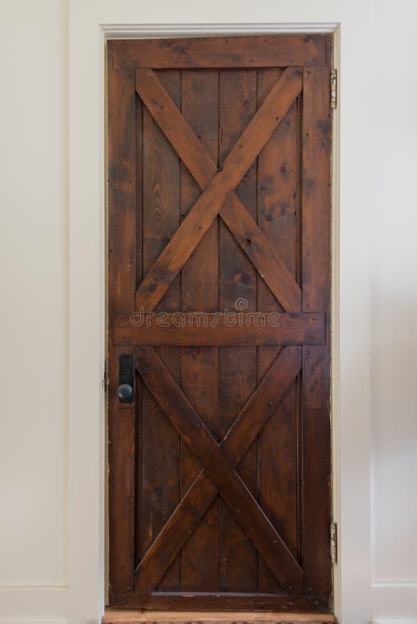 Rustieke houten deur royalty-vrije stock afbeelding