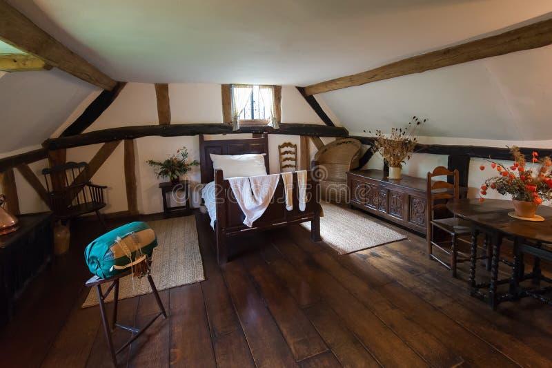 Rustieke woonkamer stock foto. Afbeelding bestaande uit flat ...