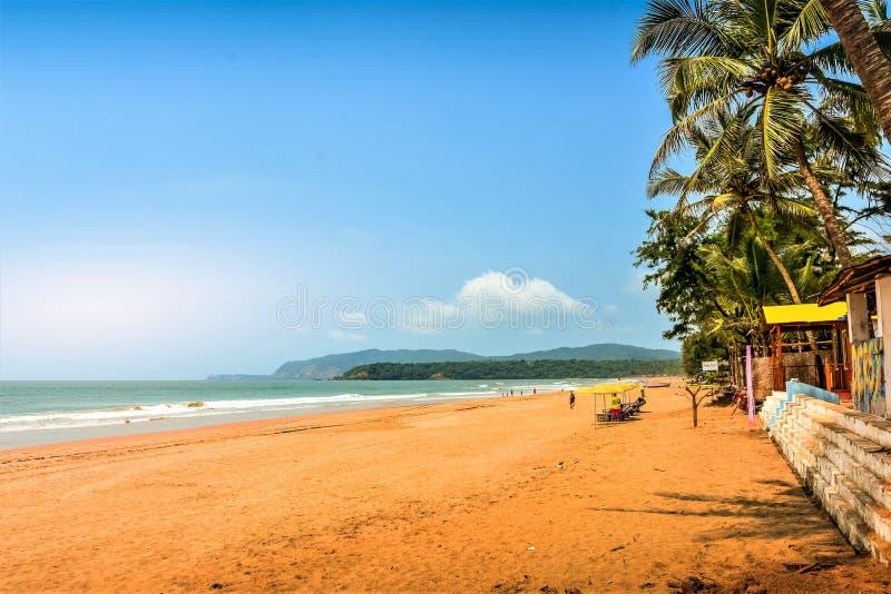 Rustig strand van Zuiden Goa, Agonda stock afbeelding