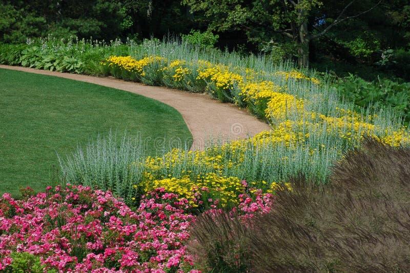 Rustige tuinweg royalty-vrije stock fotografie