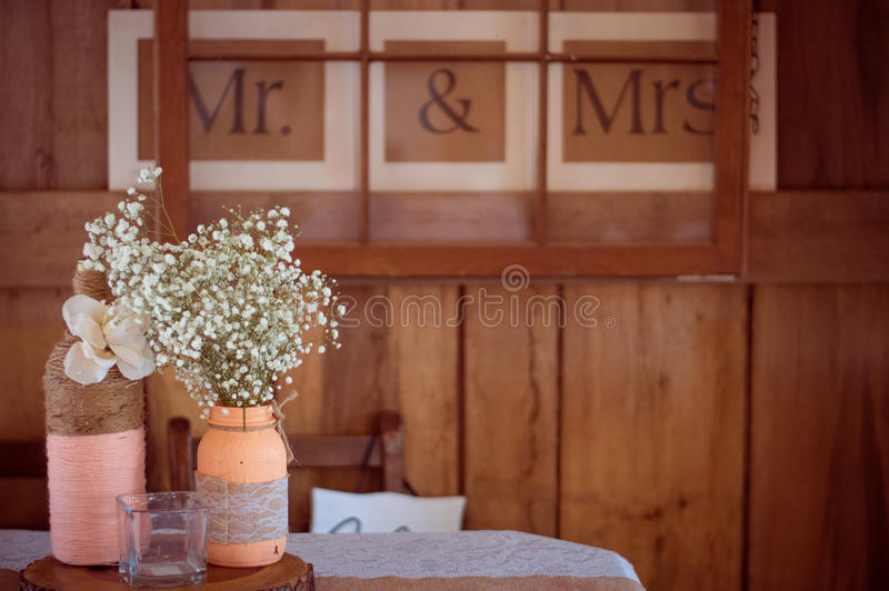 Rustikale Hochzeit lizenzfreie stockfotografie