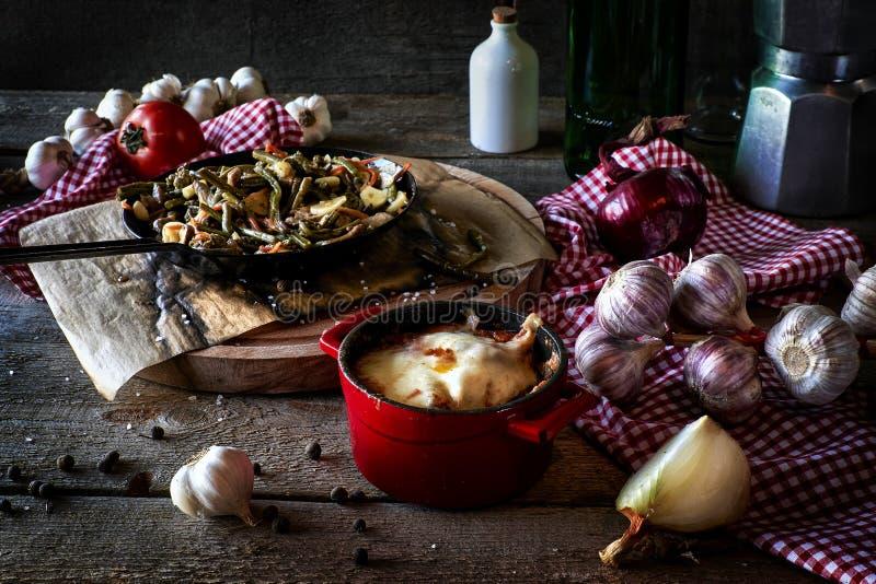 Rustikale Küchenzusammensetzung stockbild