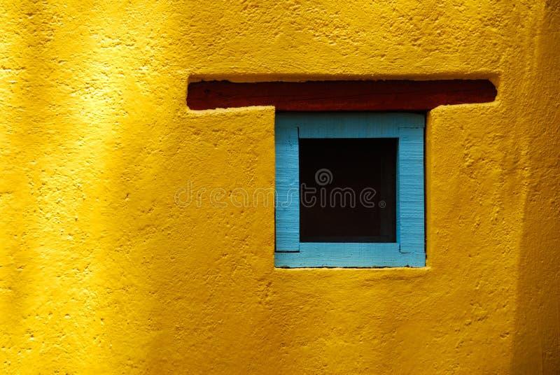 Rustikales Fenster, San Miguel de Allende, Mexiko stockfoto
