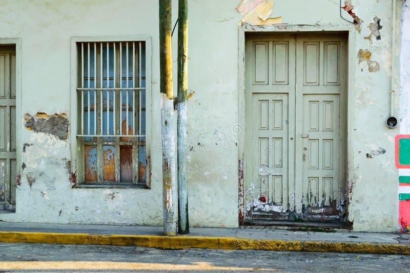 Rustikales mexikanisches Gebäude lizenzfreie stockbilder