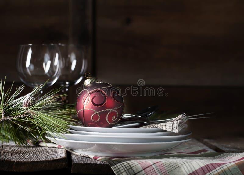 Rustikales Weihnachtsgedeck stockbilder
