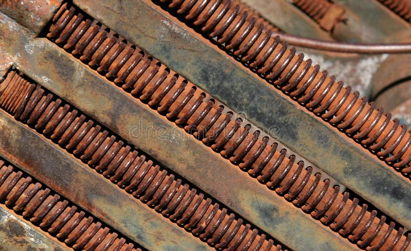 Rusting threaded bolts