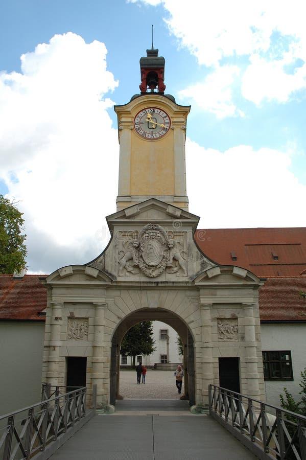 Rustningmuseumport i Ingolstadt i Tyskland royaltyfria foton