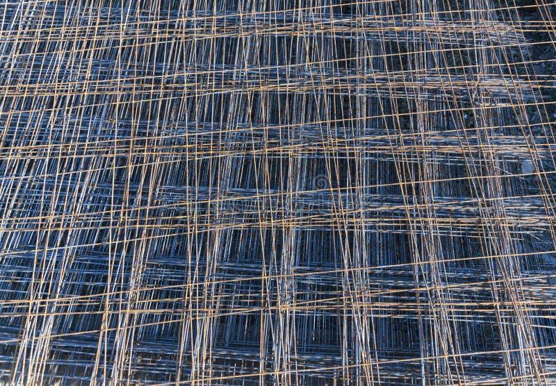 Rusty Metal-anker netto voor bouwconstructie royalty-vrije stock afbeelding