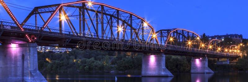 Rusty Metal Bridge anziano fotografia stock