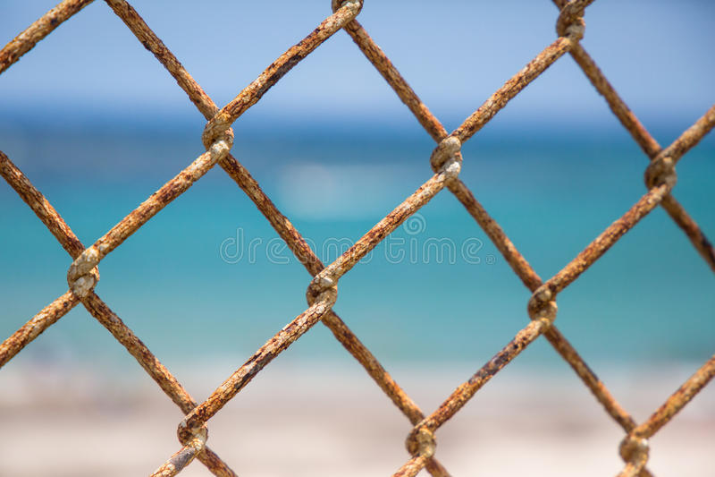 Rusty Ocean Gate foto de stock