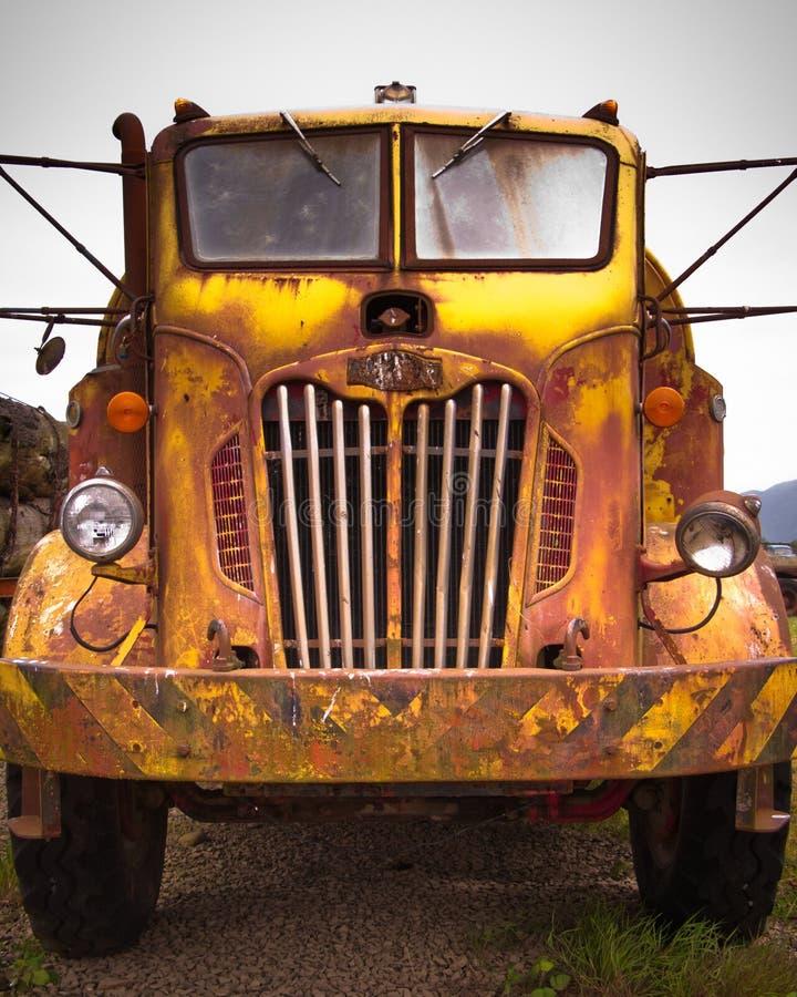 Rusty Old Fire Truck lizenzfreies stockfoto