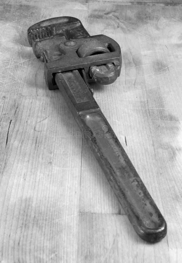 Rusty Pipe Wrench anziano fotografie stock