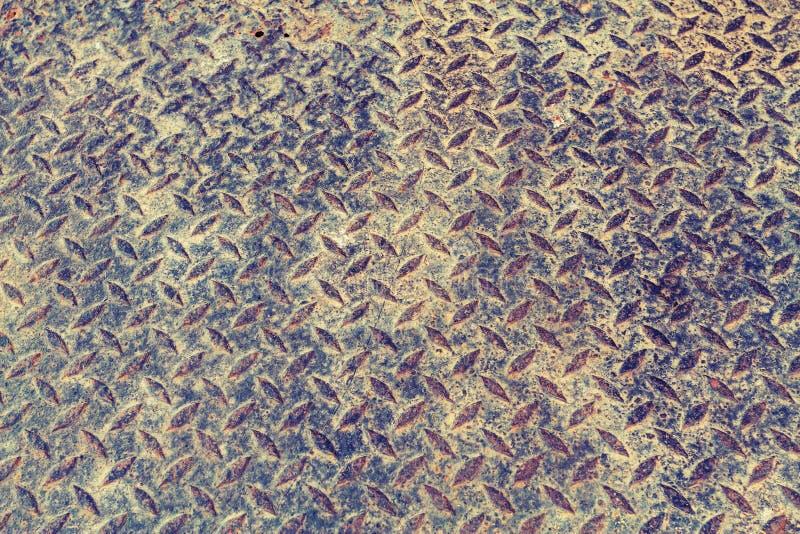 Rusty Surface der alten karierten Platte stockfoto