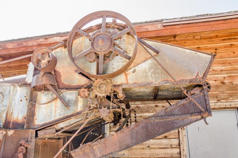 Rusty Threshing Machine royaltyfri foto
