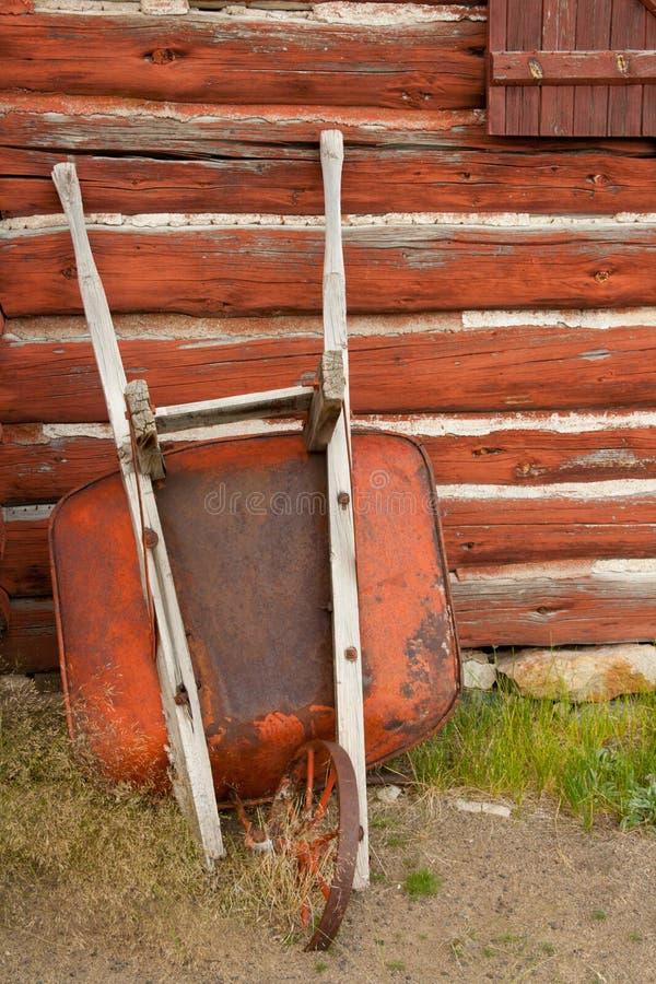 Free Rusty Wheelbarrow Royalty Free Stock Photos - 26037028