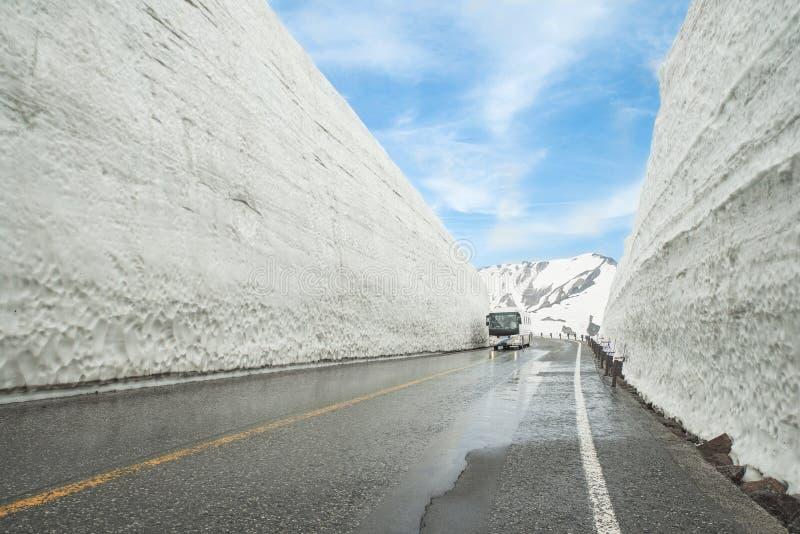 Ruta alpina de Tateyama Kurobe, prefectura de Toyama, Japón foto de archivo libre de regalías