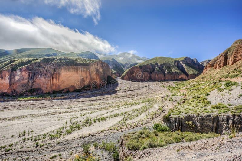 Ruta 13 a Iruya en la provincia de Salta, la Argentina fotografía de archivo libre de regalías