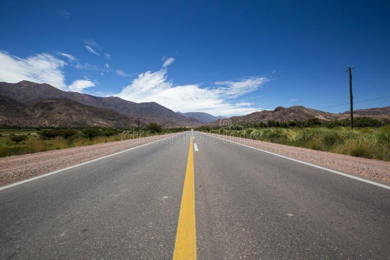Ruta nacional 40 en la Argentina septentrional imágenes de archivo libres de regalías