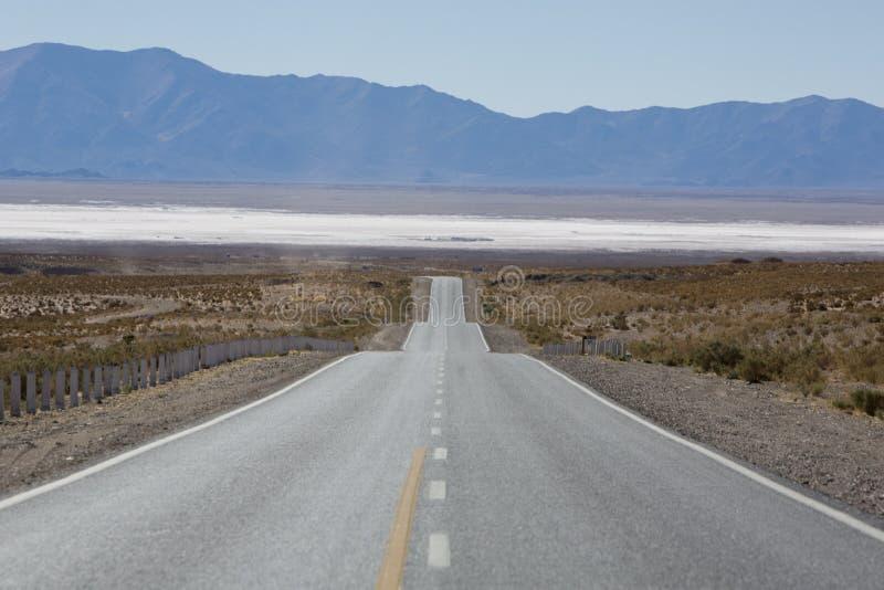 Ruta nacional 40 en la Argentina septentrional imagen de archivo