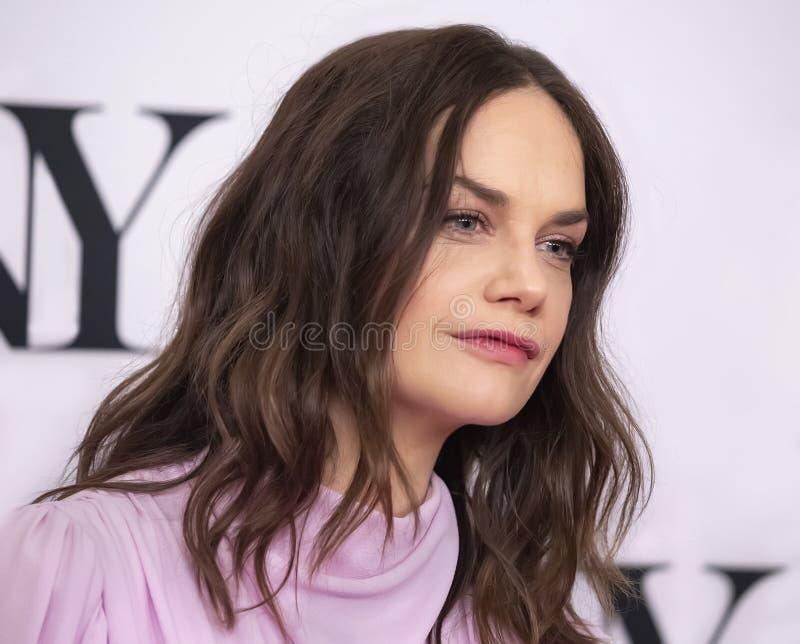 Ruth Wilson en Tony Awards Meet 2019 los candidatos presiona el dulce de leche cuajada fotografía de archivo