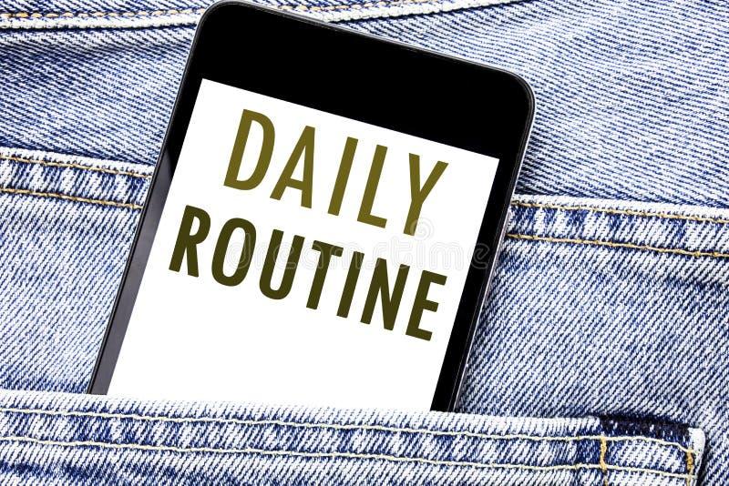 Rutin för visning för handskriftmeddelandetext daglig Affärsidé för den skriftliga telefonmobiltelefonen för vanlig livsstil, mob royaltyfria bilder
