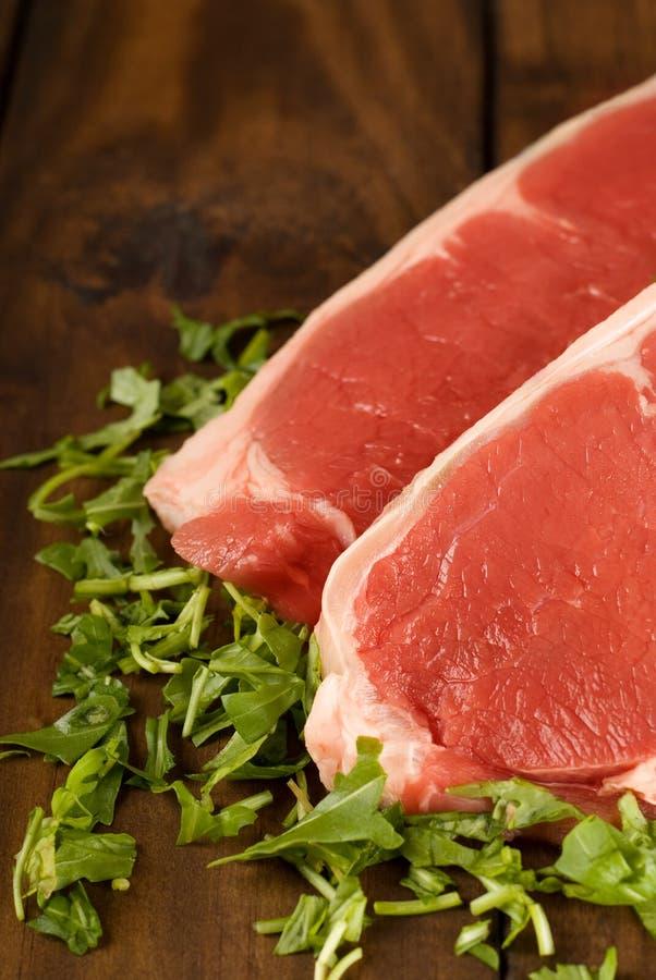 Ruw rundvleeslapje vlees royalty-vrije stock afbeelding