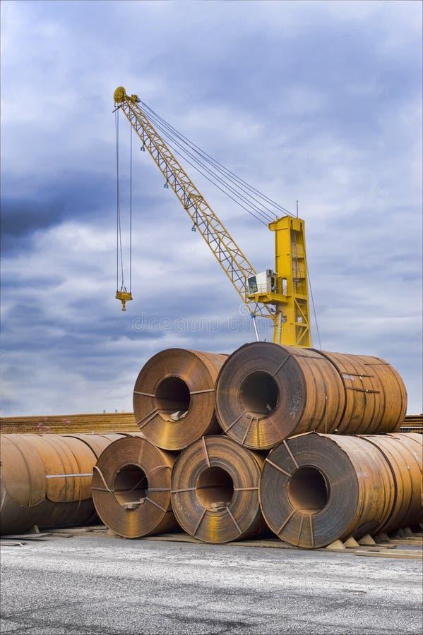Ruw staal in de haven royalty-vrije stock fotografie