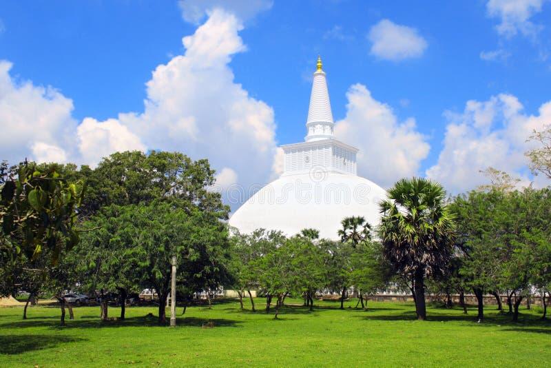 Ruwanwelisaya Chedi stupa,阿努拉德普勒王国,斯里兰卡 免版税库存照片