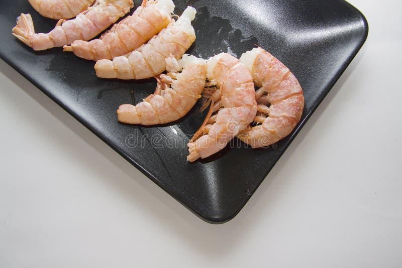 Ruwe garnalen klaar voor het koken stock foto's