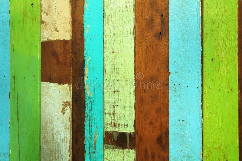 Ruwe kleurrijke houten stock foto