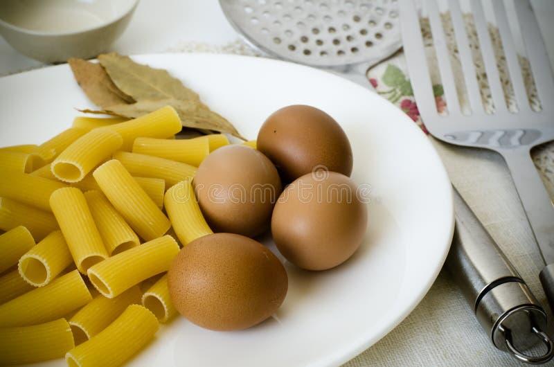 Ruwe Macaroni stock foto