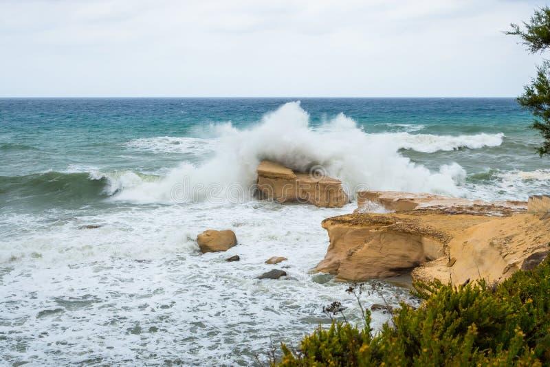 Ruwe Middellandse Zee stock fotografie