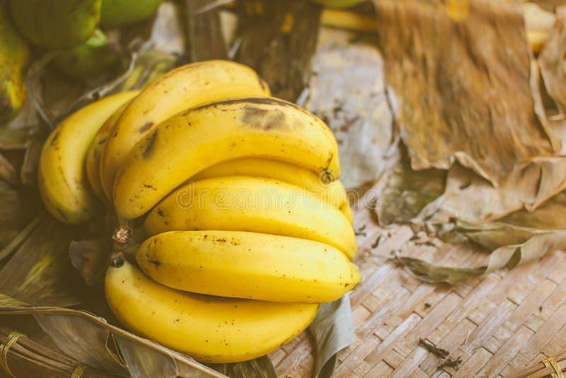 Ruwe Organische Bos van Bananen royalty-vrije stock foto's