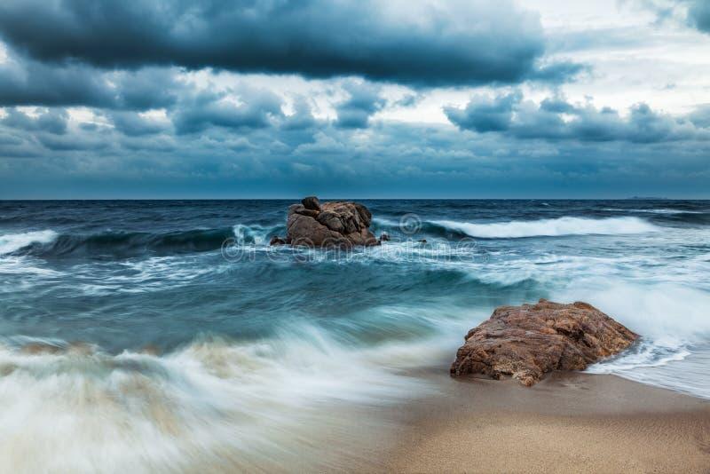 Ruwe Overzees - Middellandse Zee stock foto's