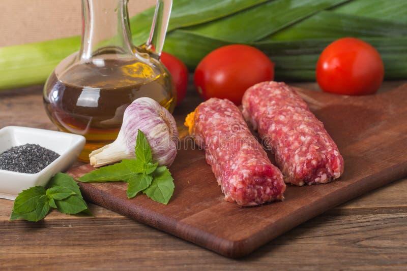 Ruwe Turkse Traditionele Vleeskebab royalty-vrije stock foto's