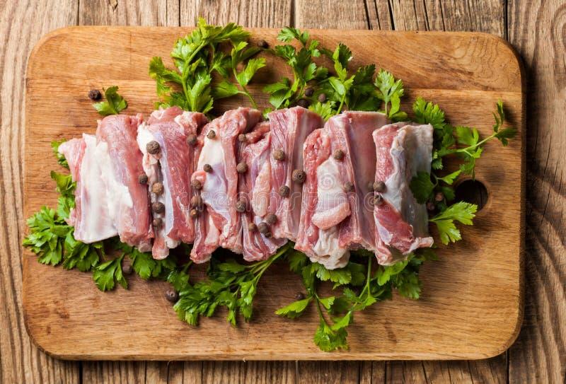 Ruwe varkensvleesribben royalty-vrije stock foto's