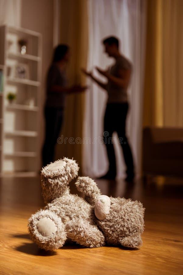 Ruzies tussen ouders stock foto's