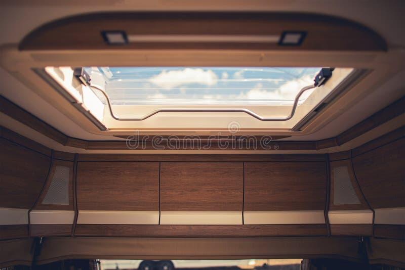 RV露营车屋顶出气孔 免版税库存图片